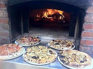 www.facebook.com/BerneWoodFiredPizza