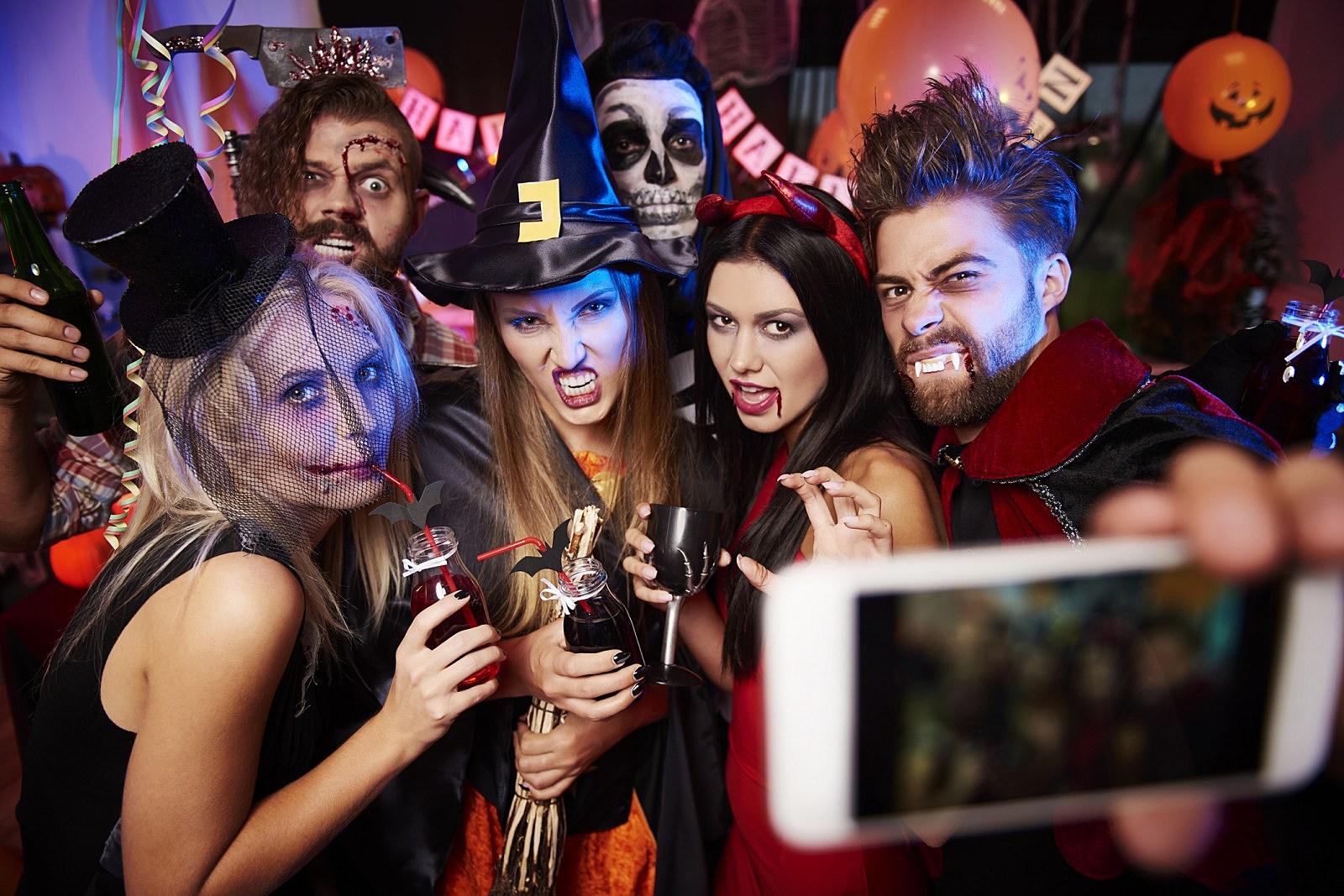 Mn halloween party sex pics